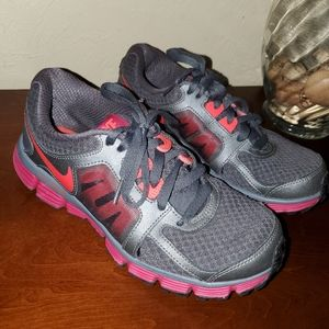 Nike Dual Fusion ST2 Running Shoes, Size 7